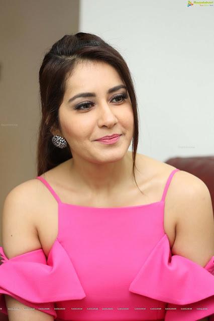 Tollywood Actress Raashi Khanna High Definition Photos