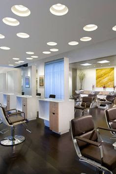 best lighting for a salon. By Adding A 60-watt Incandescent Bulb At Eye Level, You Can Help Remove Shadows From The Client\u0027s Skin. This Combo Will Give Client Best View Of Lighting For Salon R
