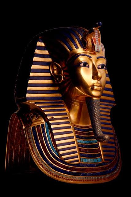 masca-lui-Tutankhamon