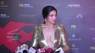 Deepika Padukone Promoting   Return of Xander Cage in India in Golde Gown 49 .xyz.jpg