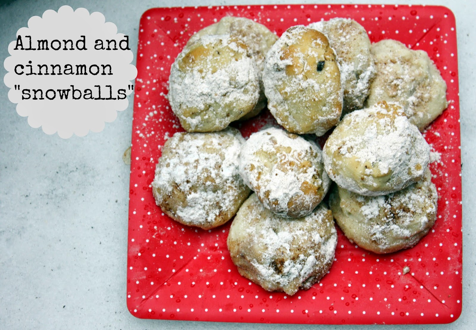 Almond and cinnamon snowball cookies