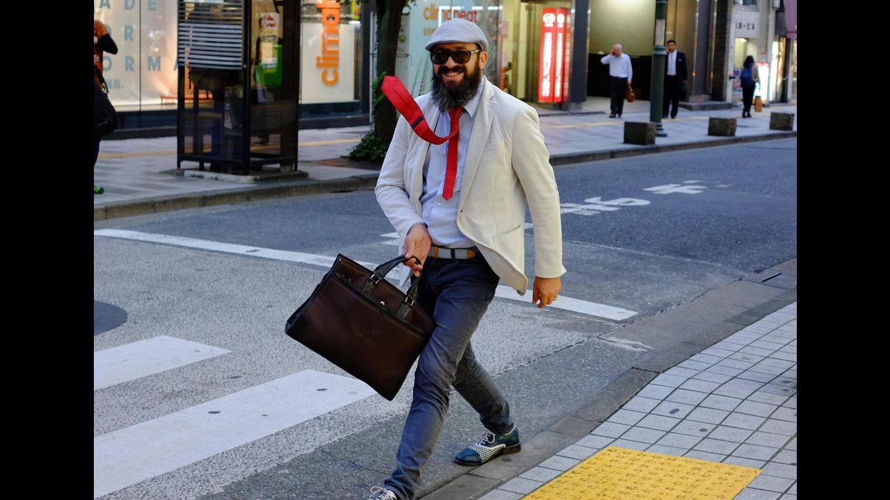 外国人「日本の東京で変な人を見た」(海外の反応)