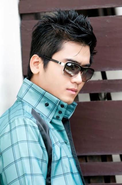 M y a n m a r H u n k s: Aung Zay