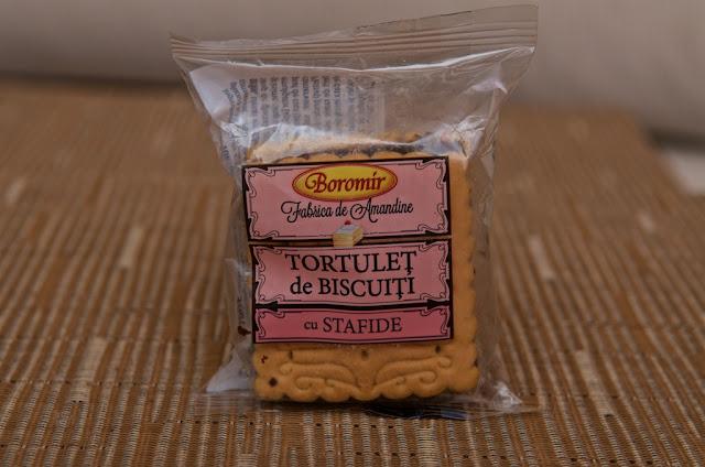 Tortulet de Biscuiti cu Stafide Boromir