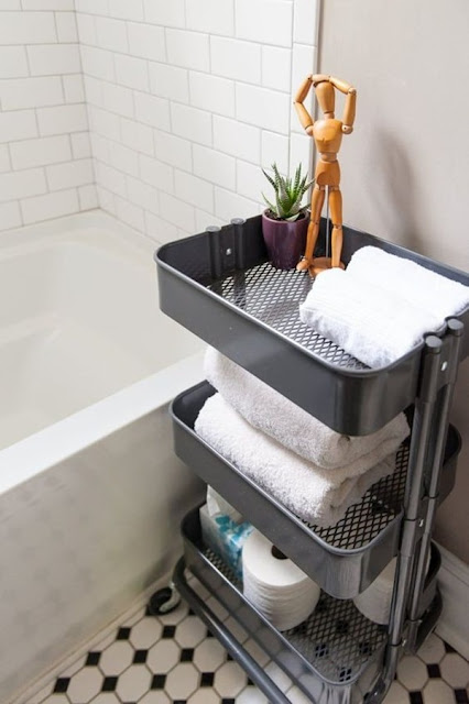 Storage Ideas for Bathrooms 4
