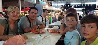 Cenando en Ao Nang.