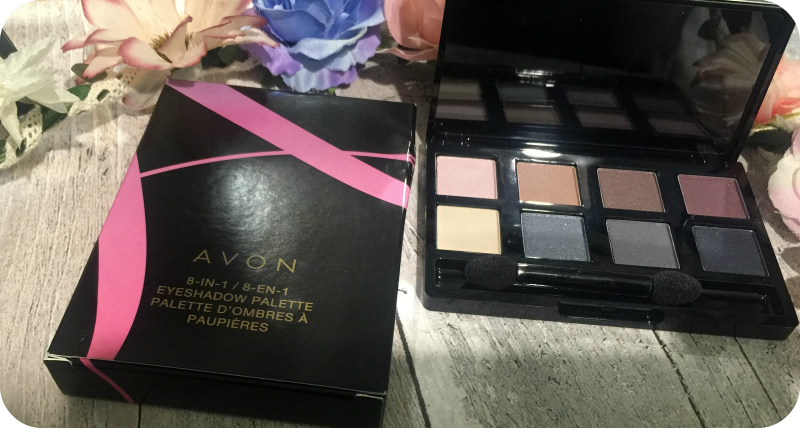 avon 8-in-1 eyeshadow palette in Nudes and Blues