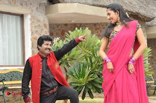 Ennodu Nee Irundhaal Tamil Movie Gallery  0032.jpg