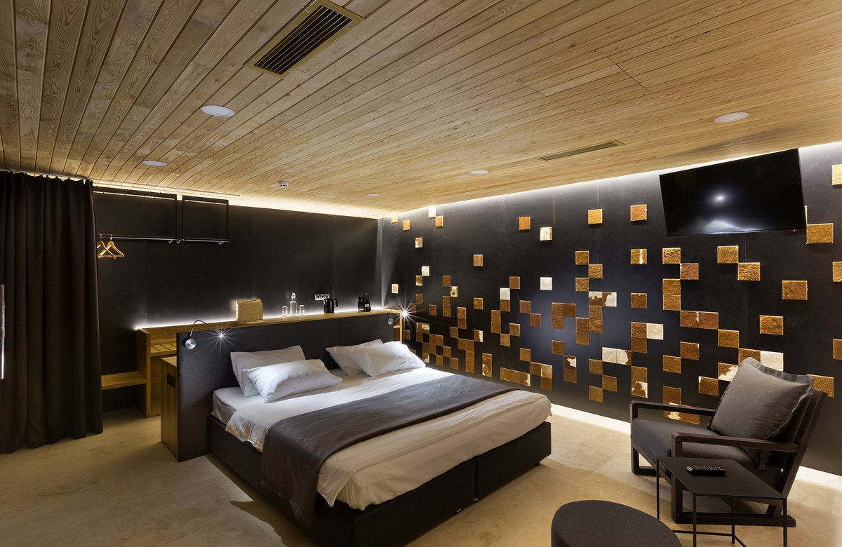 05-Bedroom-YOD-Design-Lab-Architectural-Guest-Houses-in-the-Forest-www-designstack-co