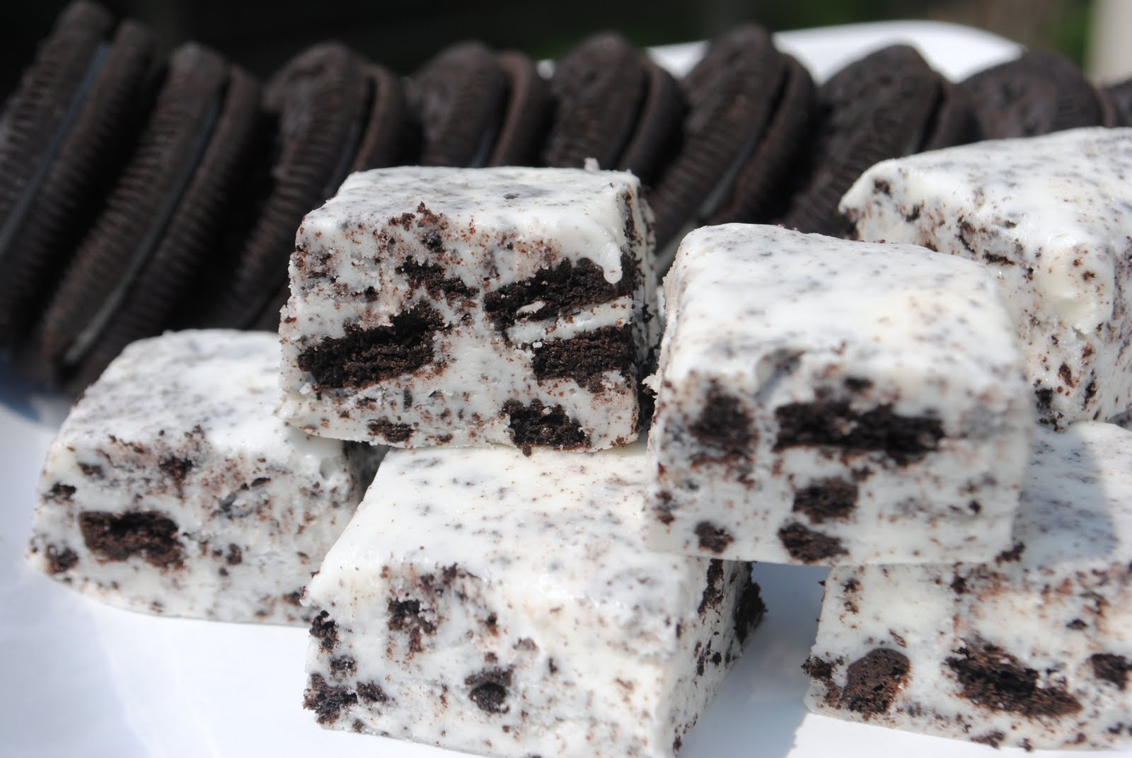 Cookies N Cream Fudge Shugary Sweets