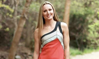 Abigail Atkinson jógaoktató