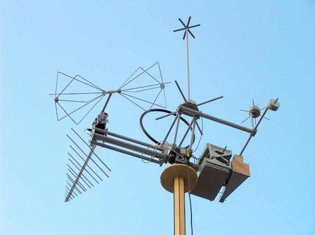 https://4.bp.blogspot.com/-ofSSY1-F1JU/VkcqapySYuI/AAAAAAAAWlE/WdOUehta30o/s640/hram_antenn.jpg