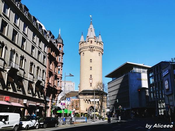 turnul-Eschenheimr-medieval-Frankfurt