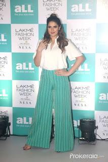 actress zareen khan at the lakme fashion week (2)