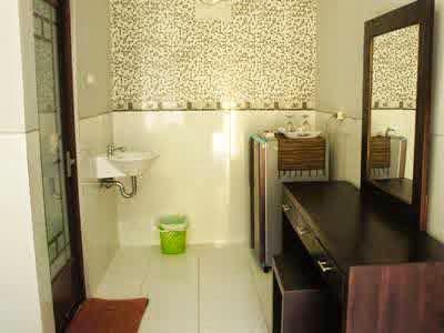 Wana Kubu Homestay kamar mandi murah