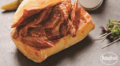 ساندويتشات لحم الحمل المسحب عن العظم - فتافيت