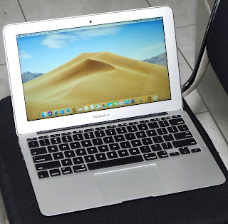 MacBook Air 11 Inchi Core i5 Mid 2012 Second di Malang