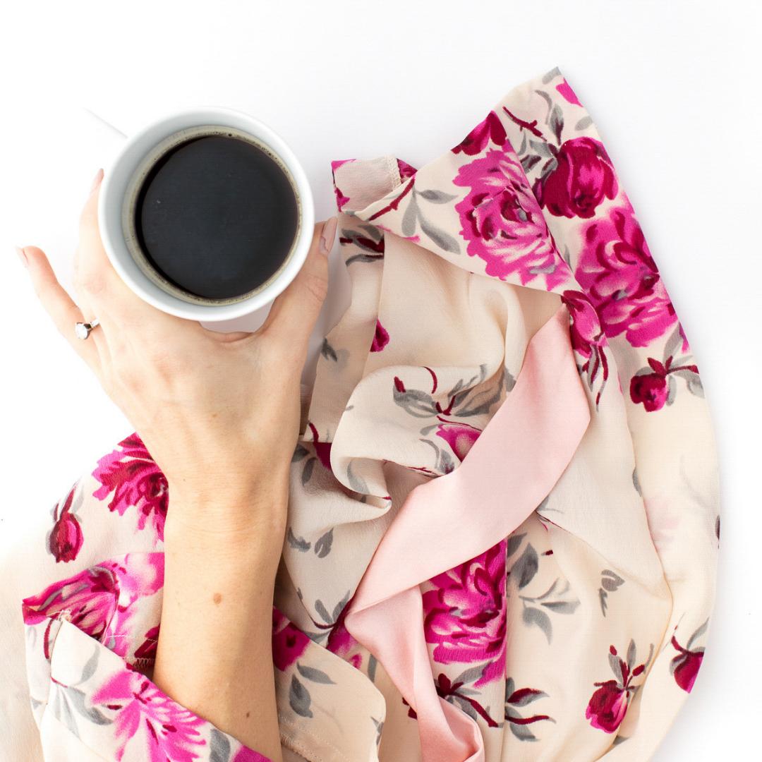 Morning Magic Coffee Cup in Robe