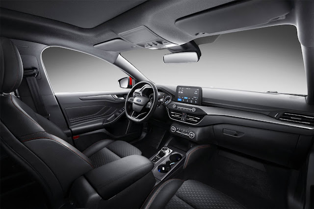 Novo Ford Focus Sedan 2019 - interior