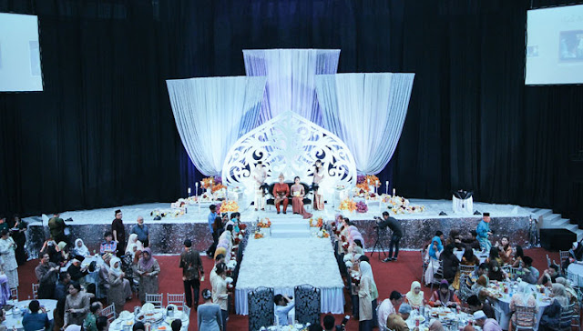 white drape backdrop