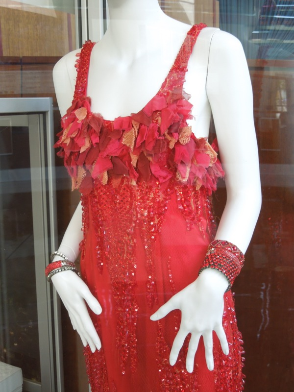 Gatsby red dress detail