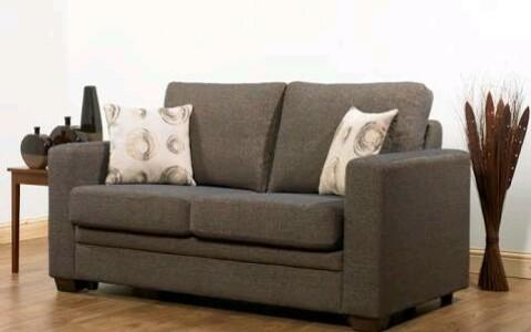 Cara Mudah Menghilangkan Bau pada Sofa