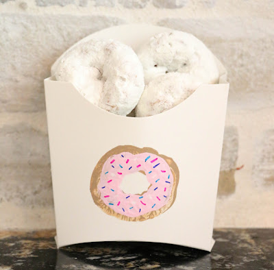 http://kailochic.blogspot.com/2015/06/decorate-it-potato-stamped-mini-donut.html