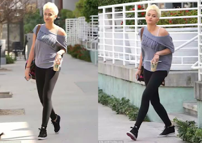 paris-jackson-steps-out-in.html