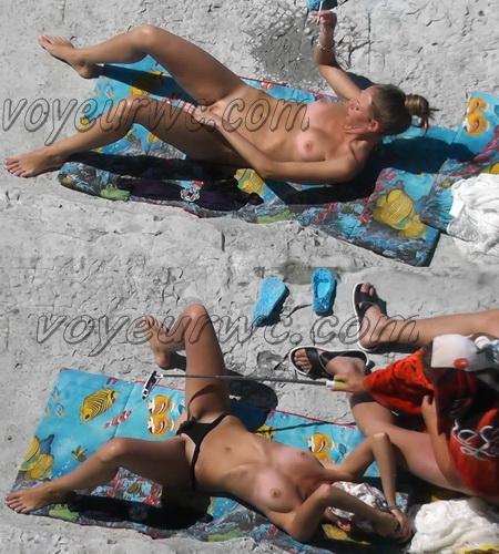 BeachHunters 17928-18008 (Beach Voyeur, Candid, Nude, Topless)