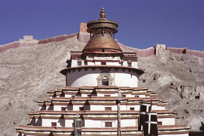 Tibet, Gyantse, Palkhorchöde, stupa, © L. Gigout, 1990