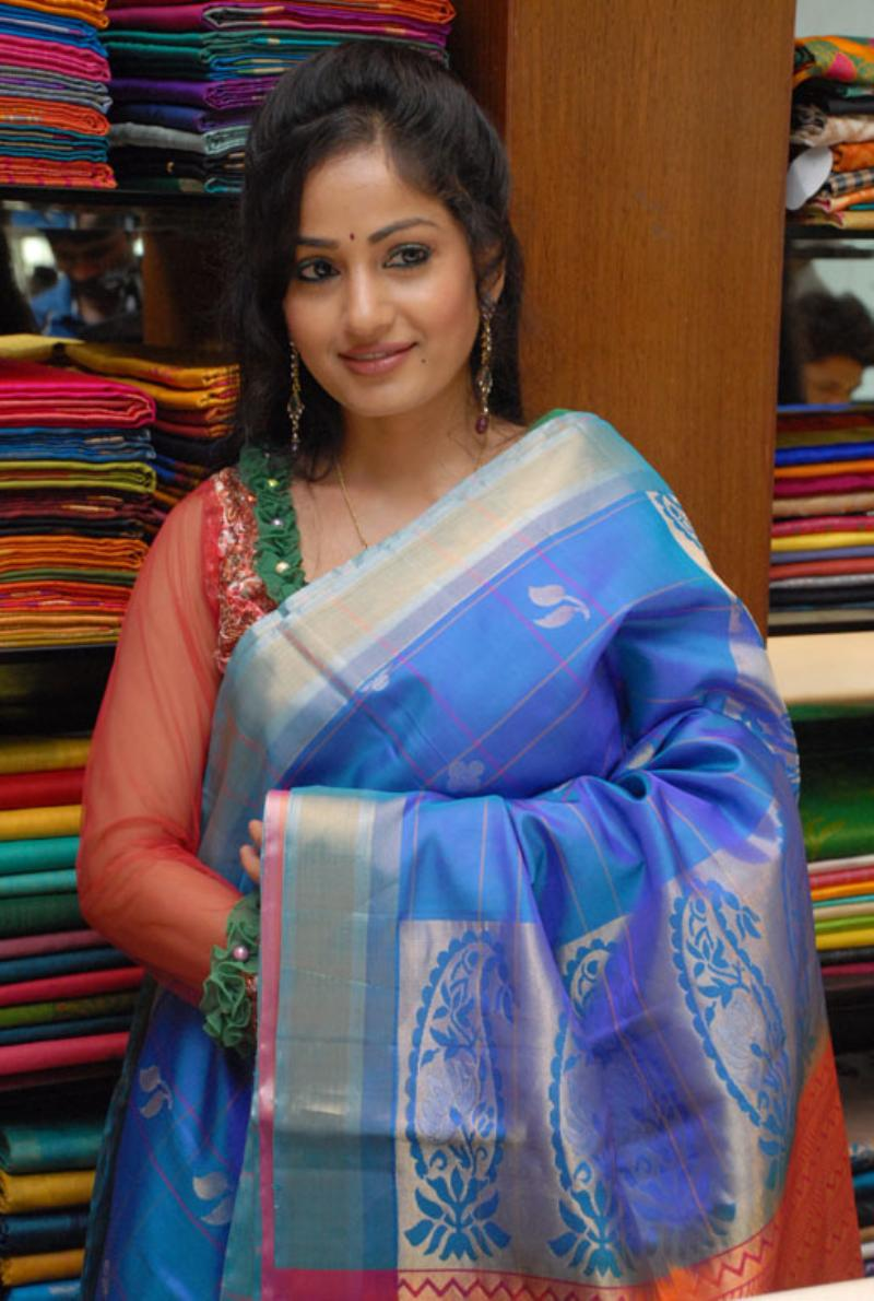 Beautiful Bellary Girl Madhavi Latha Photos In Transparent Blue Saree