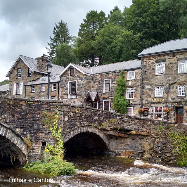 Bedgelert Snowdonia Gales