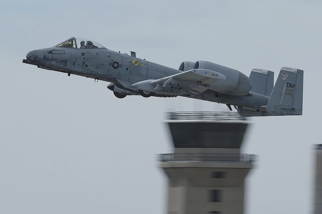 USAF A-10 demo team airshow 2018