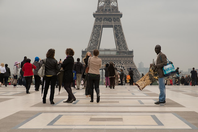 Number Four in this top 5 best places to admire a romantic sunset is The Trocadero Esplanade