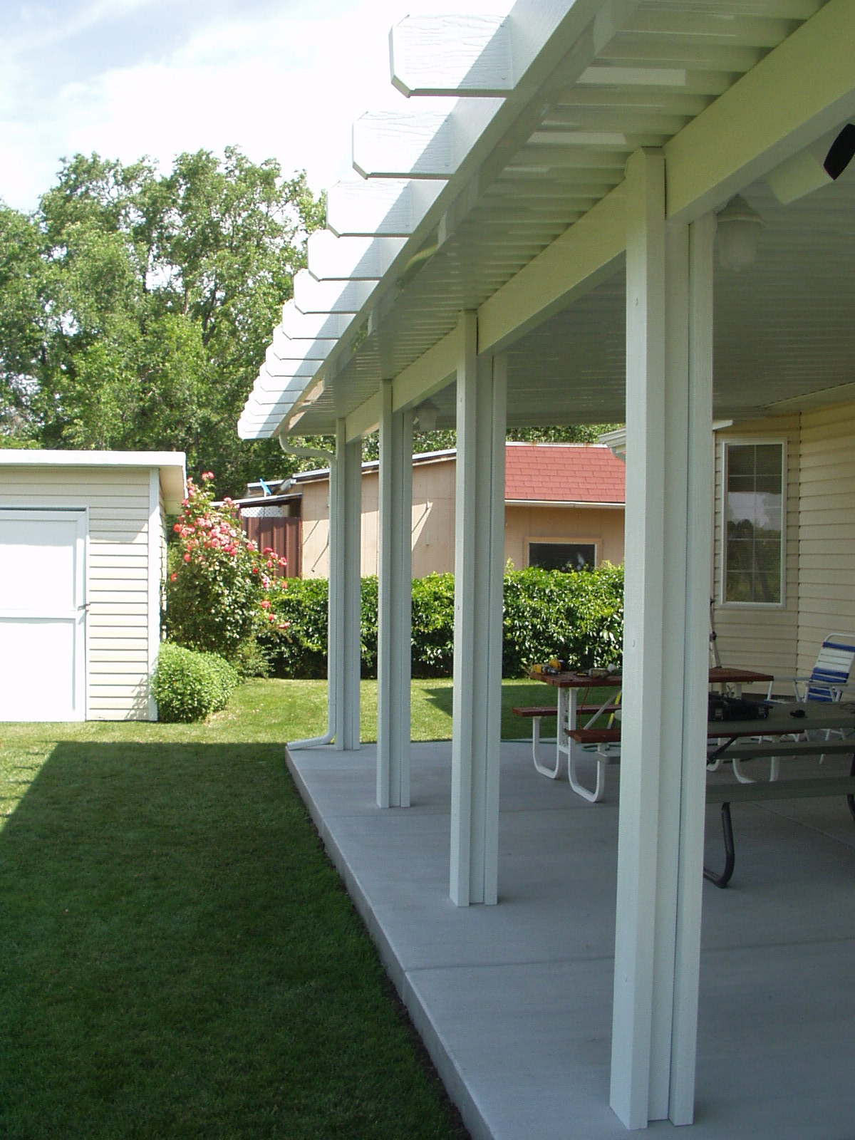 Custom Awnings, Pergolas & Retractables