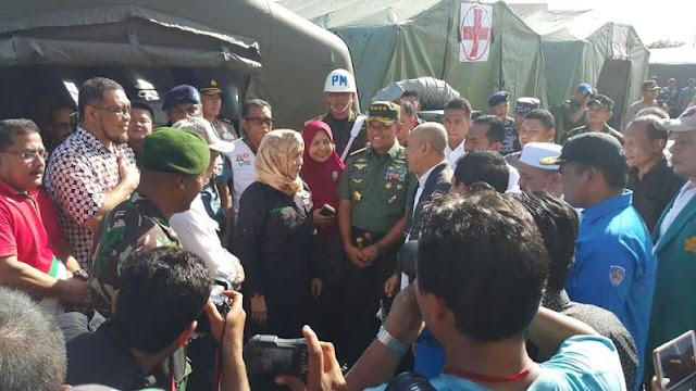 Panglima TNI Tinjau Lokasi Gempa di Provinsi NAD