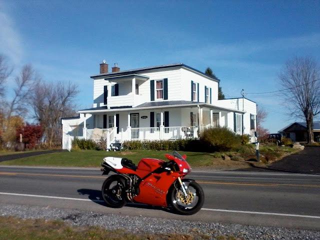 Ducati 916 Superbike