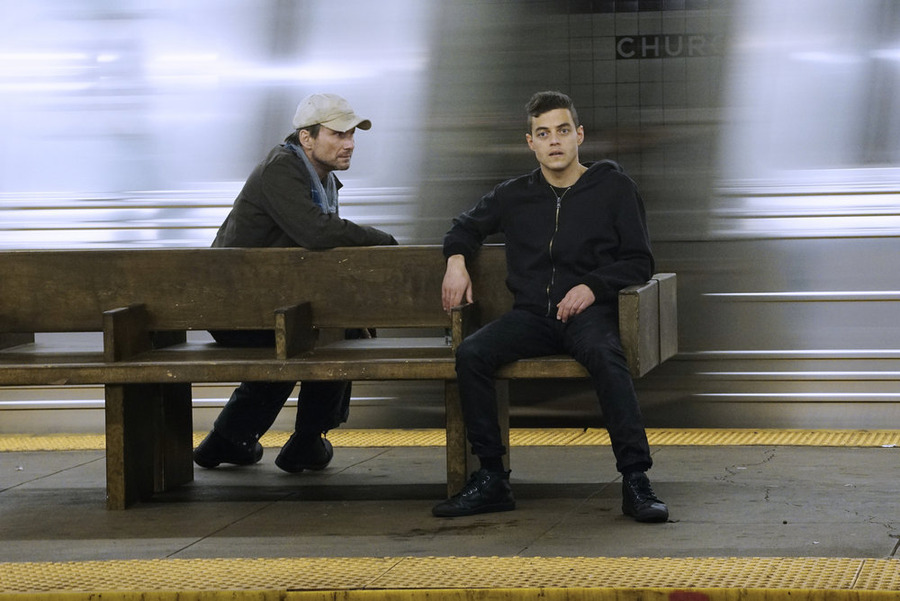 Nonton Film Mr. Robot S01E01: Hello Friend (2015)