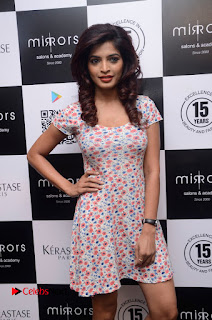 Actress Sanchita Shetty Pictures at Mirrors Salon App Launch Event 0013.JPG