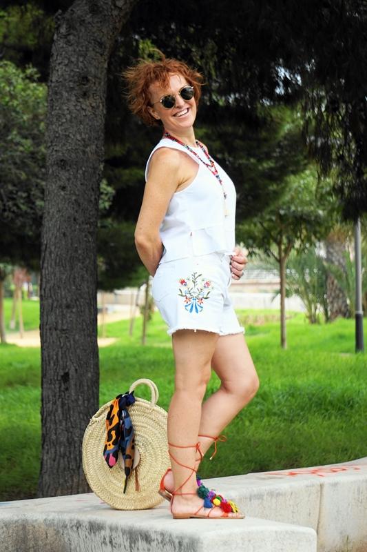 Almamodaaldia - Shorts Bordados