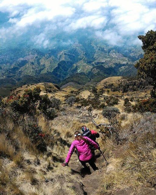 gunung tertinggi jawa gunung sumbing