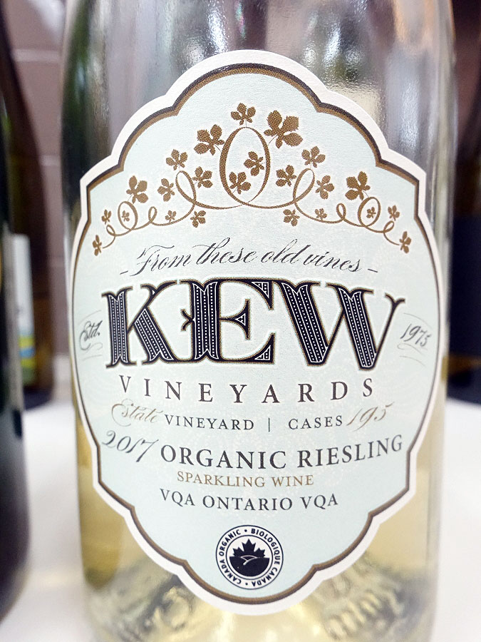 KEW Vineyards Organic Riesling Sparkling 2017 (88 pts)