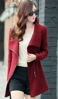 Abrigo de lana con cuello alto, cierre  que cubre las caderas