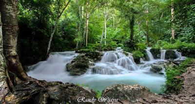 http://mandiriransel.blogspot.co.id/2015/12/indahnya-sungai-uwe-molino-di-luwuk.html