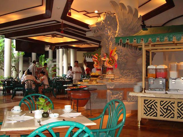 Фото ресторана одного из отелей на острове Бали