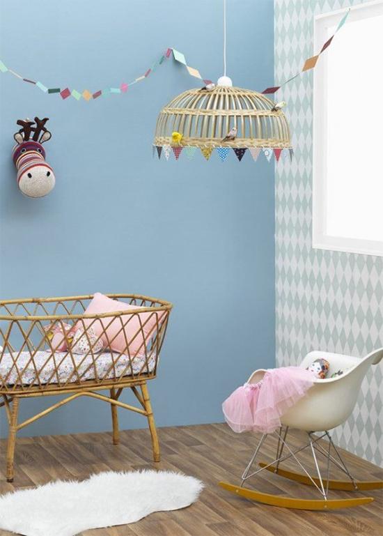 parede azul, quarto de bebê, kids bedroom, azul serenidade, serenity, decoração, decor,