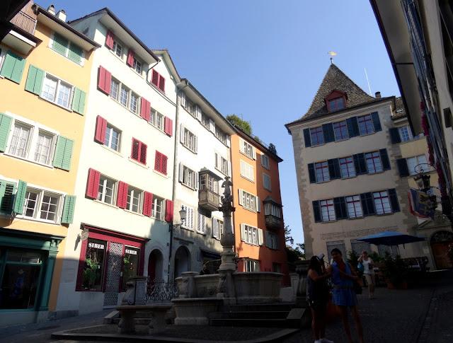 Fountain Square Napfgasse Spiegelgasse Zurich Old Town