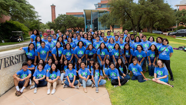 Upward bound students at Trinity University