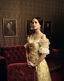 Eva Green Royal Style