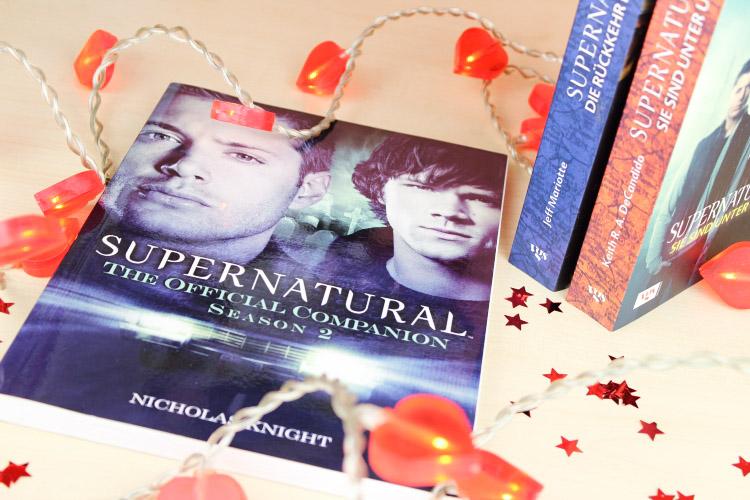 Geschenkideen Leseratten Serienjunkies, Weihnachten Geschenkiden, Gift Guide Weihnachten, Companion Guides, Filmblogger, Supernatural Geschenkideen